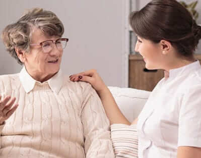 7 Benefits In-Home Care Offers for Aging Adults in Winnipeg