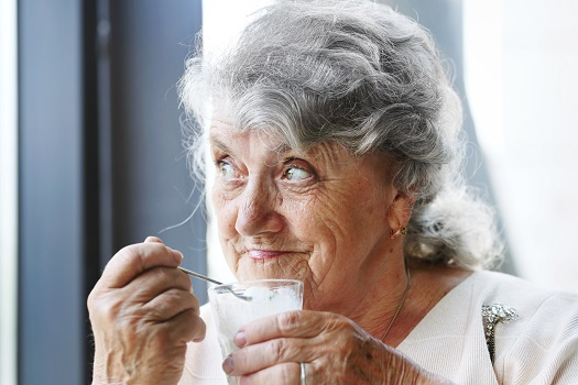 Nutritious Foods for Seniors with No Teeth in Winnipeg, MB