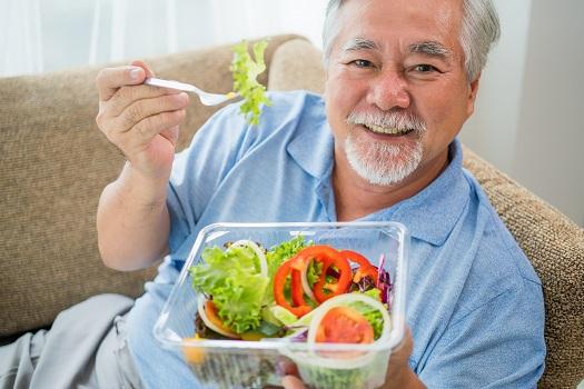 Can Diet Help Seniors Manage Dementia Symptoms in Winnipeg, MB